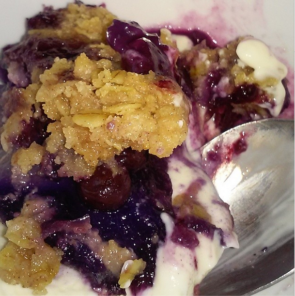 Blueberry Pear Crumble
